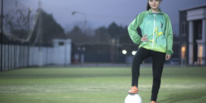 Meet Karishma Ali- first-ever woman footballer from Pakistan who made it to Forbes '30 Under 30′ List