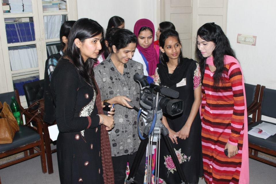 Strengthening the Capacity of Pakistan's Women TV Journalists