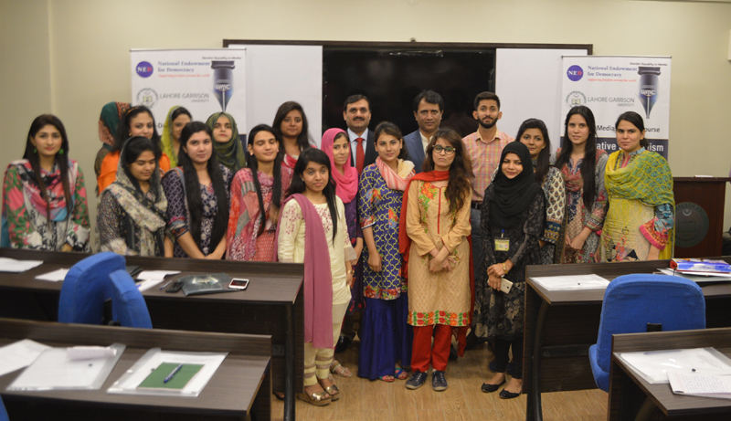 """LAHORE WORKSHOP (DAY 1): """"INVESTIGATIVE JOURNALISM CENSUS RESULTS & ITS IMPACTS ON ELECTION 2018″ 23-26 OCTOBER 2017"""